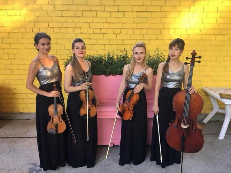 Black Tie quartet