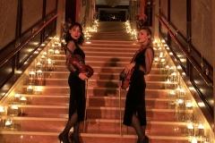 Дуэт скрипачек в отеле Интерконтиненталь